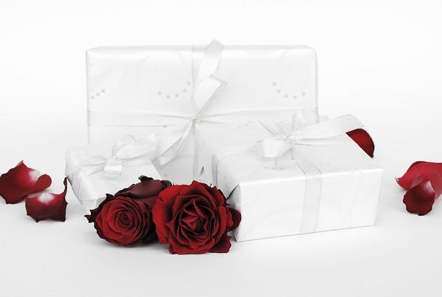 růže a dárek